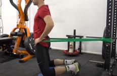 Entrenamiento con bandas elásticas - Kneeling hip thrust
